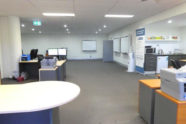 1/61 Commercial Drive Shailer Park QLD 4128 - Image 2