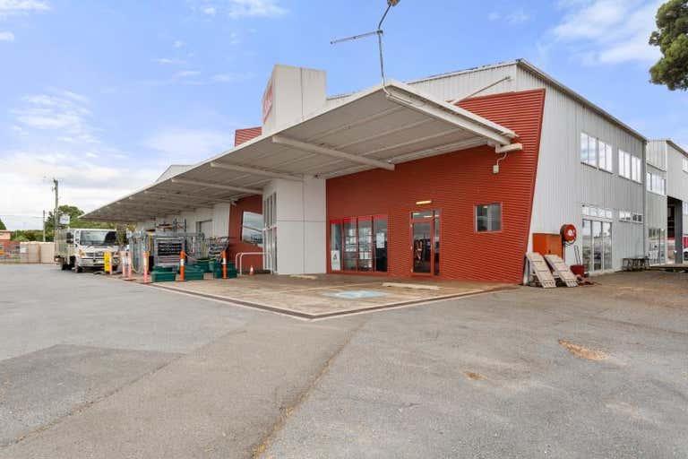 80 George Street Scottsdale TAS 7260 - Image 2