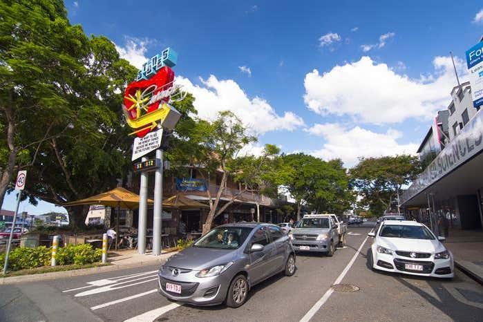 392 Logan Road Stones Corner QLD 4120 - Image 2