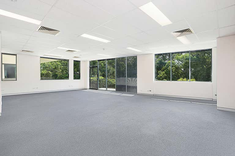 18/9 Hoyle Avenue Castle Hill NSW 2154 - Image 1