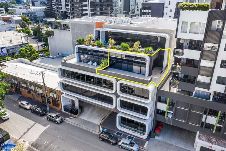 15 / 4 Kyabra Street Newstead QLD 4006 - Image 1