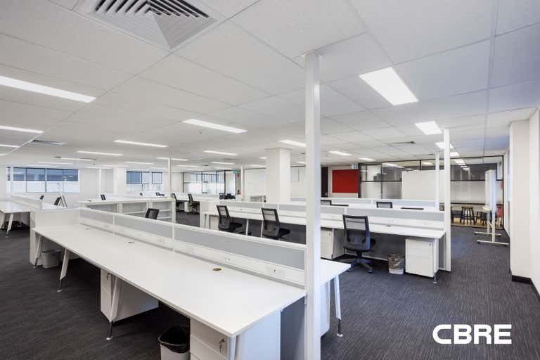 1/18 Sydney Road Manly NSW 2095 - Image 2
