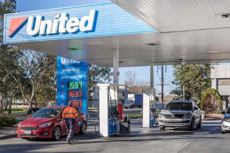United Petroleum, 402-404 Lower Dandenong Road Braeside VIC 3195 - Image 2