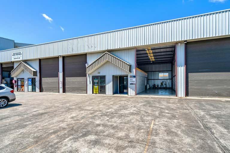 2/103 Harburg Drive Beenleigh QLD 4207 - Image 1