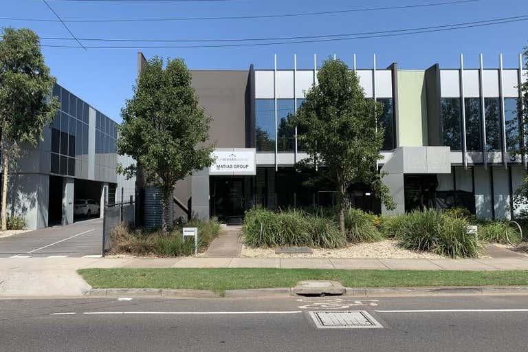 4 - 2 Phillip Court Port Melbourne VIC 3207 - Image 1