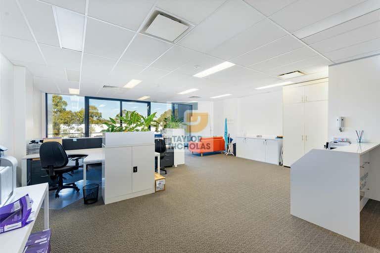 2.10/29-31 Lexington Drive Bella Vista NSW 2153 - Image 1