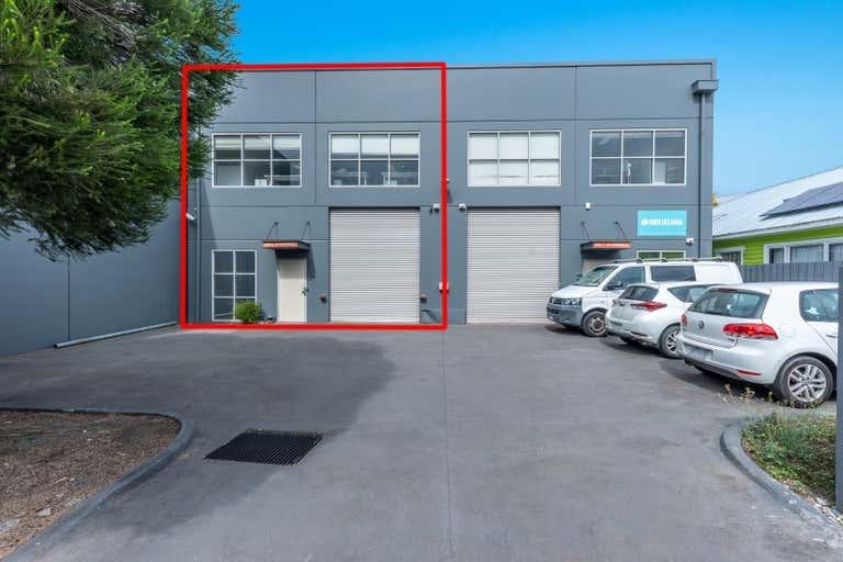 2/26 Earsdon Street Yarraville VIC 3013 - Image 2