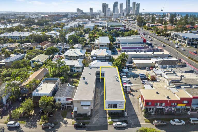 3 Glenelg Avenue Mermaid Beach QLD 4218 - Image 2