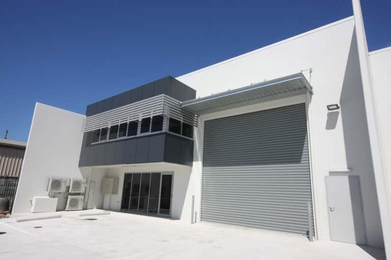 1/5 Brendan Drive Nerang QLD 4211 - Image 2