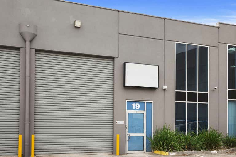 Unit 19, 137-145 Rook Road Nunawading VIC 3131 - Image 1
