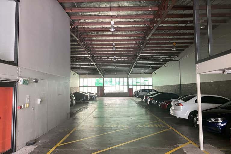 53 Doggett Street Newstead QLD 4006 - Image 2