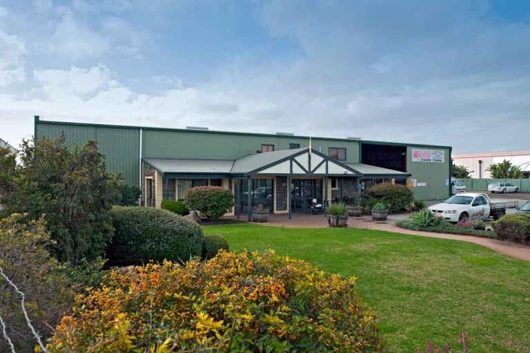 374 Cormack Road Wingfield SA 5013 - Image 1