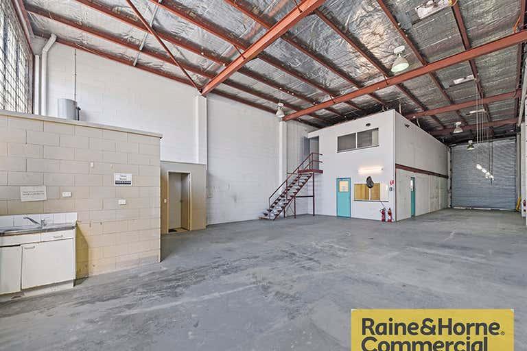 3/19 Thompson Street Bowen Hills QLD 4006 - Image 2