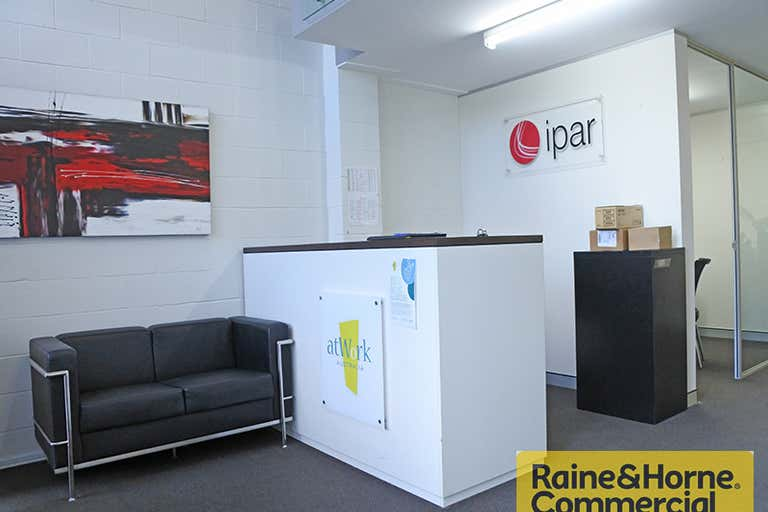 1/72 McLachlan Street Fortitude Valley QLD 4006 - Image 2