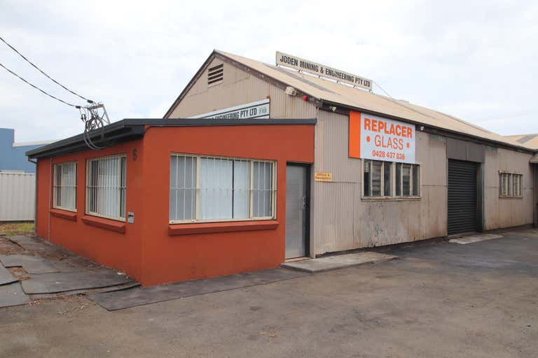 6 Second Avenue Unanderra NSW 2526 - Image 1