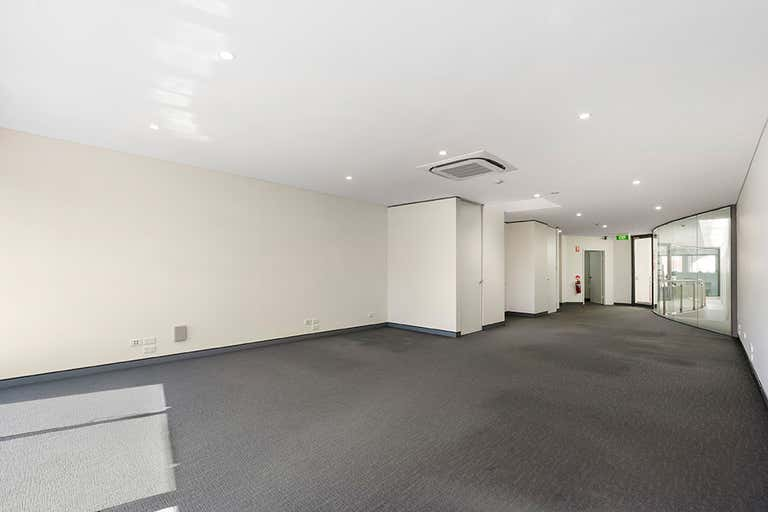 Suite 5, 710 New South Head Road Rose Bay NSW 2029 - Image 2