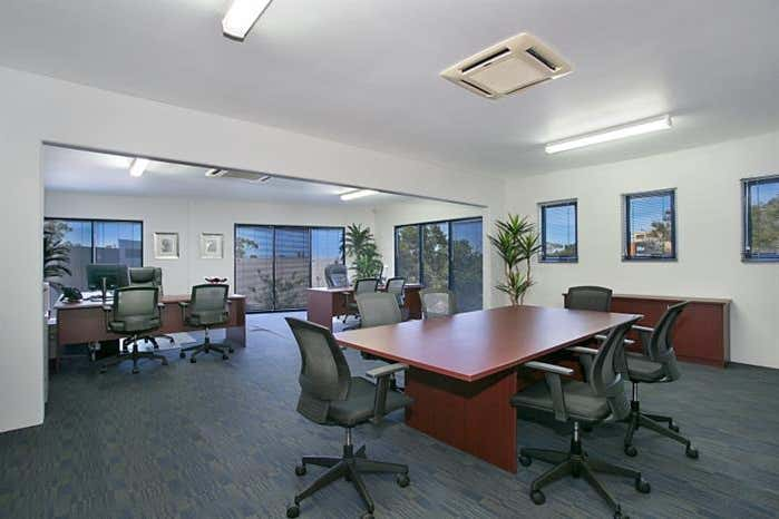 Unit 1, 7 Millennium Circuit Helensvale QLD 4212 - Image 2