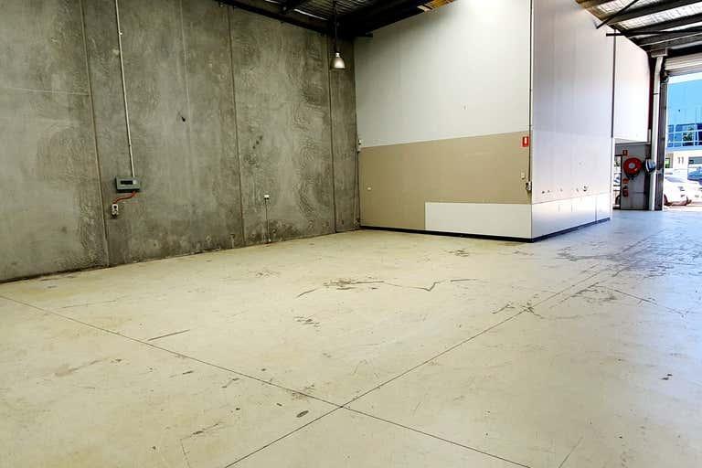 Unit 4, 12 Anderson Street Banksmeadow NSW 2019 - Image 2