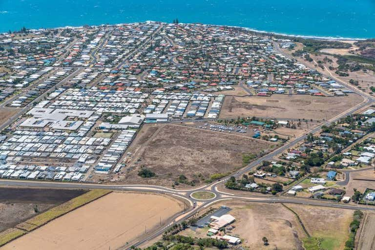 60 Rifle Range Road, Bargara, 60 Rifle Range Rd Bargara QLD 4670 - Image 2