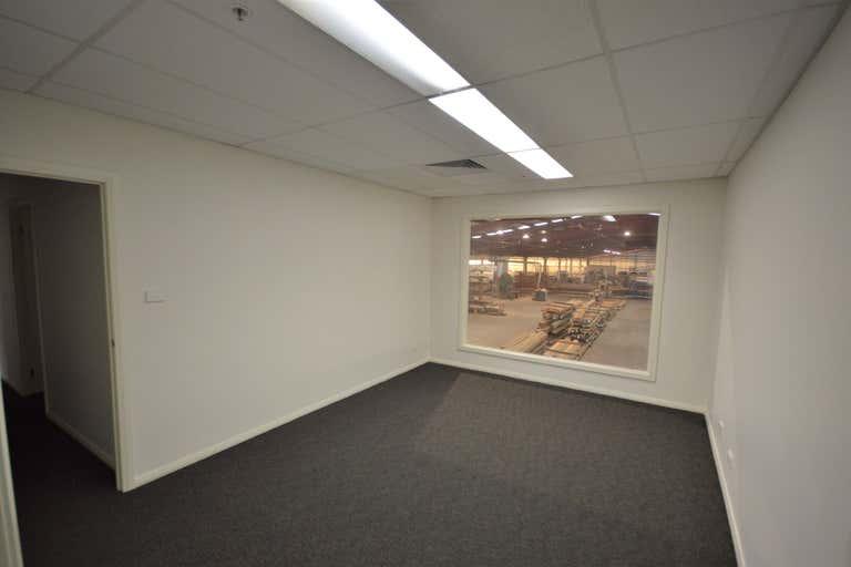 11 Production Avenue Warragamba NSW 2752 - Image 2