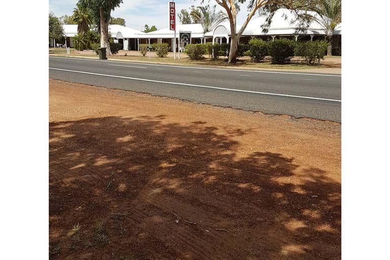 47 Box Street Barcaldine QLD 4725 - Image 1
