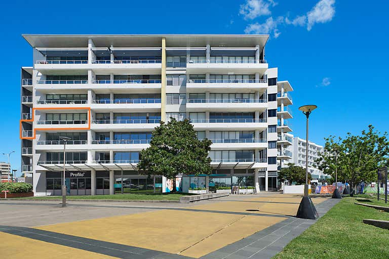 301/19 Honeysuckle Drive Newcastle NSW 2300 - Image 1