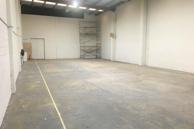 13 Lucinda Street Woolloongabba QLD 4102 - Image 2