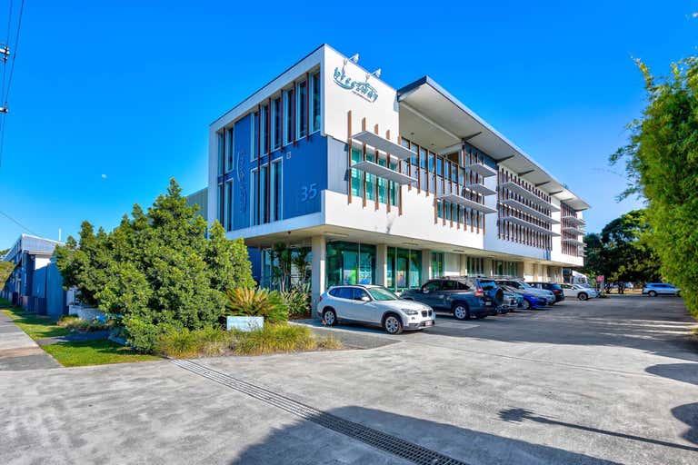 35 Cambridge Street Coorparoo QLD 4151 - Image 1