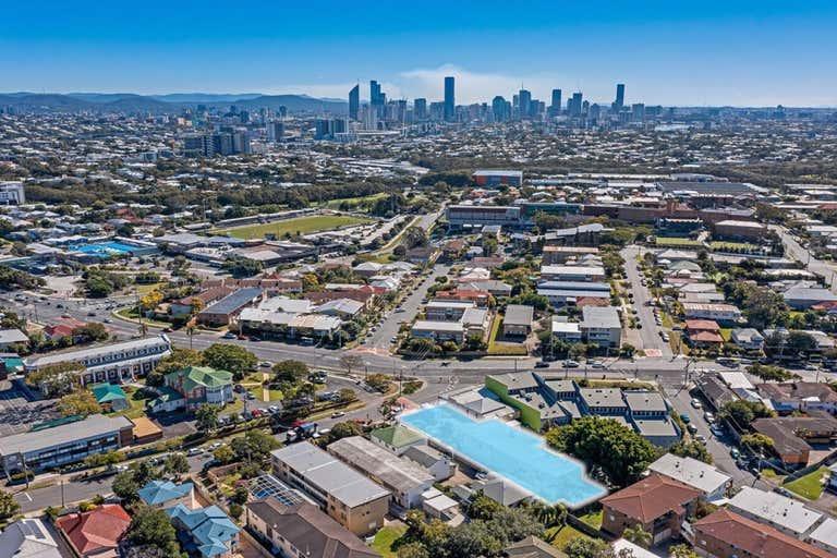 125 Kirkland Avenue Coorparoo QLD 4151 - Image 2