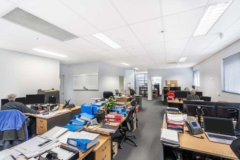 1/8 Metroplex Avenue Murarrie QLD 4172 - Image 2