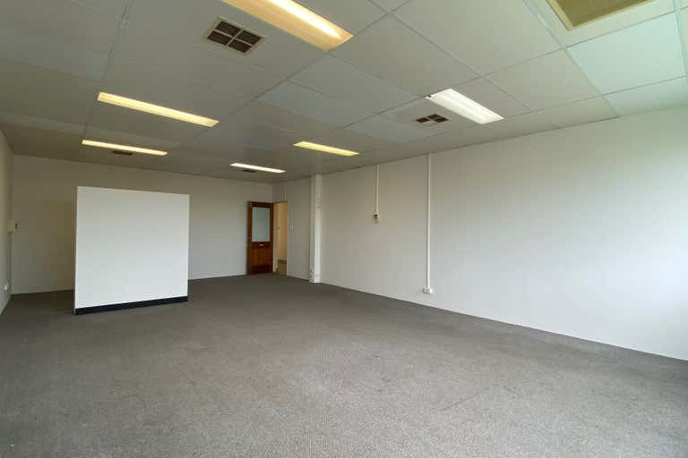 Suite 3, 172 Scarborough Beach Road Mount Hawthorn WA 6016 - Image 1