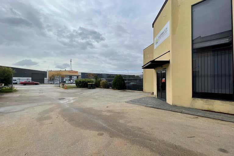 Unit 1, 144 Beringarra Avenue Malaga WA 6090 - Image 2