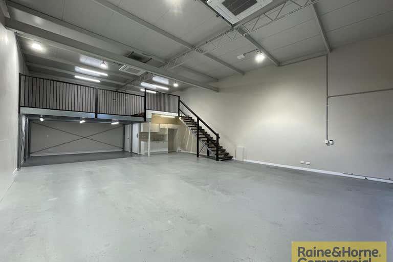 3/131 Rainbow Street Sandgate QLD 4017 - Image 2