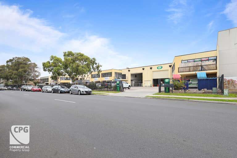 Units 2&3/19 Northumberland Road Caringbah NSW 2229 - Image 2