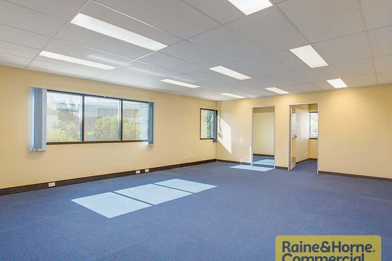 5 Iris Place Acacia Ridge QLD 4110 - Image 2