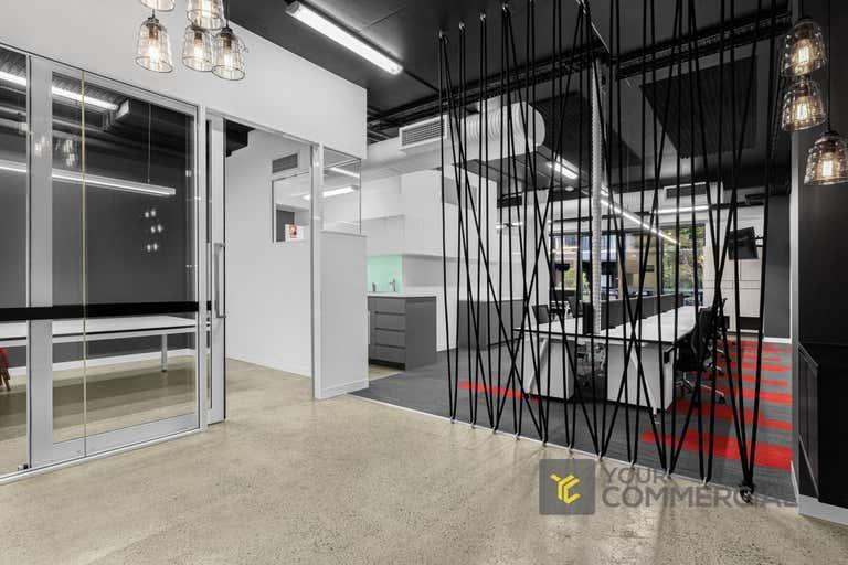 3.4, 5 Kyabra Street Newstead QLD 4006 - Image 1