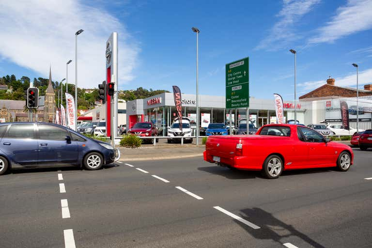 Holden/Nissan/Hyundai, 170 Elizabeth Street Launceston TAS 7250 - Image 2