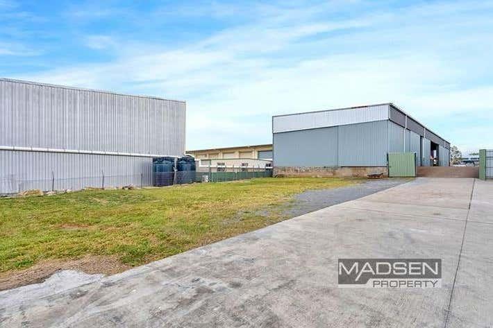 34 Reginald Street Rocklea QLD 4106 - Image 2