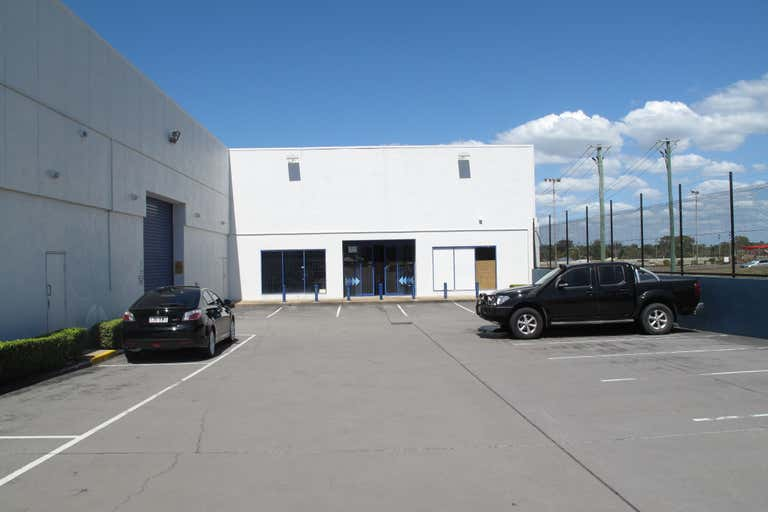 Unit 2, 83 Anzac avenue Redcliffe QLD 4020 - Image 2