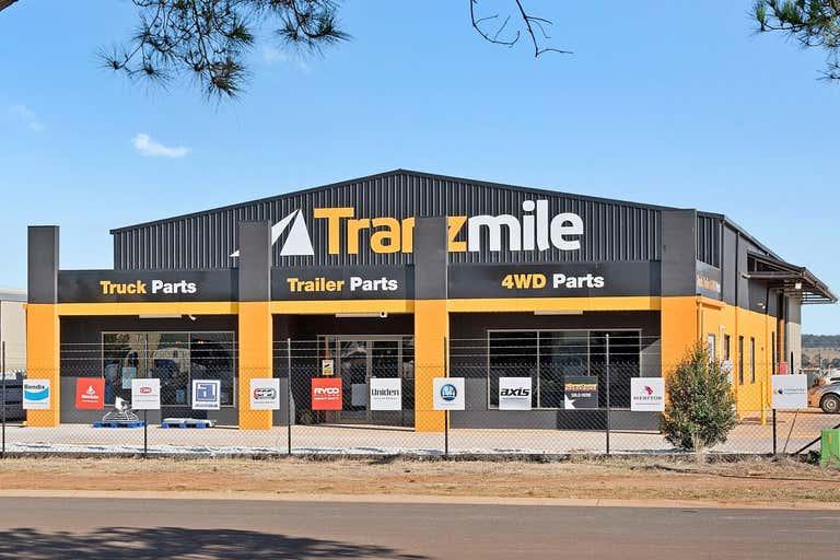 4 Barron Park Drive Kingaroy QLD 4610 - Image 1