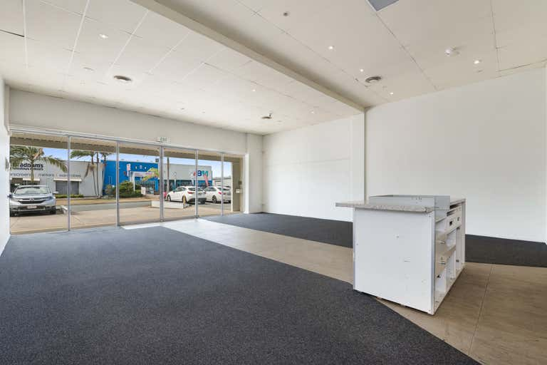Unit 1, 4 Waterview Street Warana QLD 4575 - Image 2
