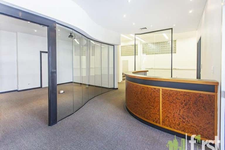 2/2 Manning Street South Brisbane QLD 4101 - Image 1