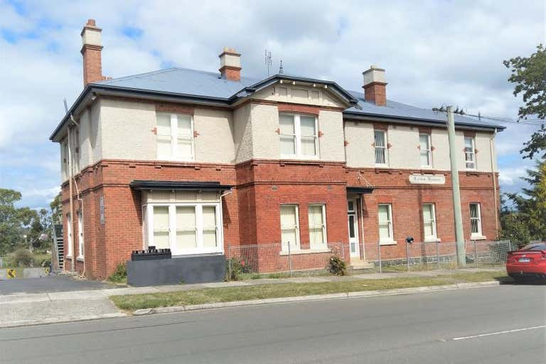 Como House, 33 Moriarty Road Latrobe TAS 7307 - Image 1