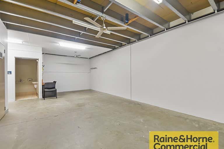 15/300 Cullen Avenue Eagle Farm QLD 4009 - Image 2