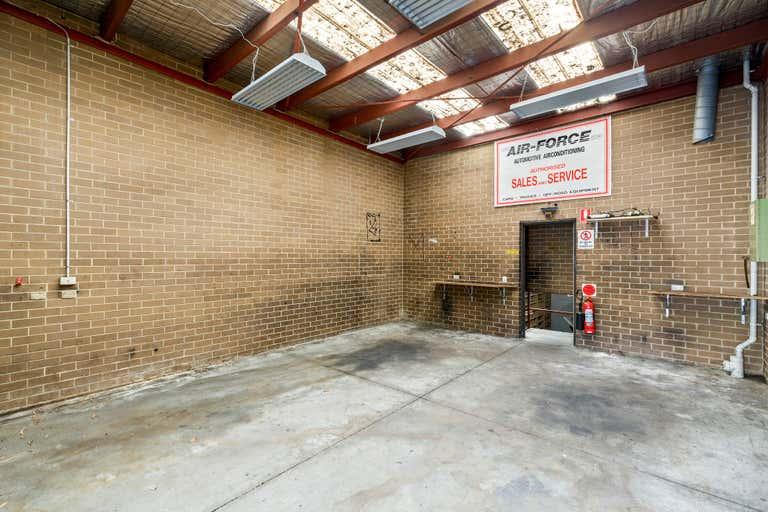 21 Royton Street Burwood East VIC 3151 - Image 2