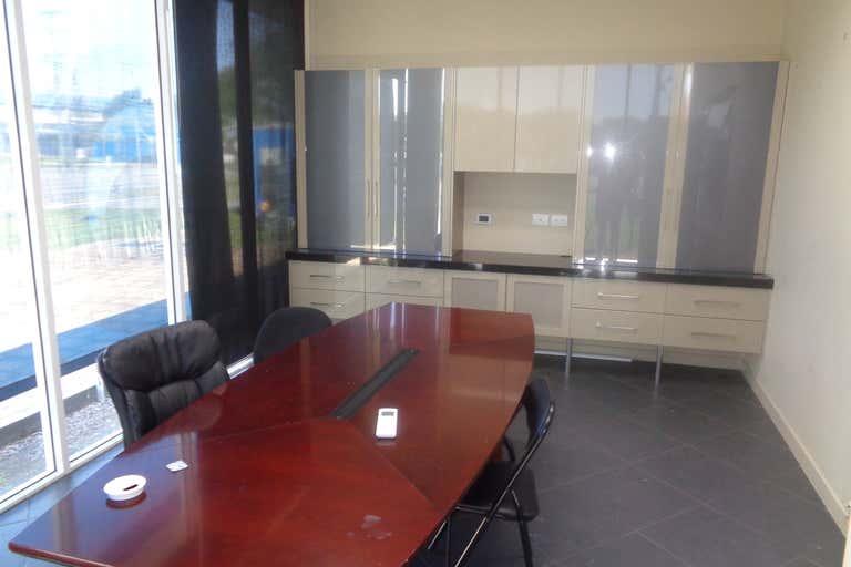 2/1-3 Industrial Avenue Stratford QLD 4870 - Image 2