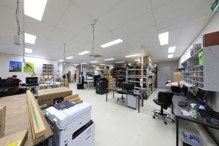 Suite 2, 37-39 Anderson Street Manunda QLD 4870 - Image 2