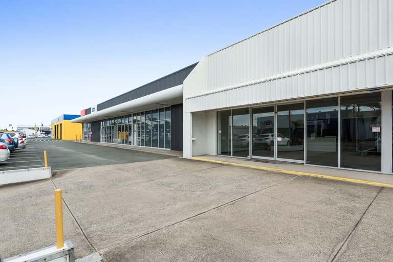 Unit 1, 4 Waterview Street Warana QLD 4575 - Image 1