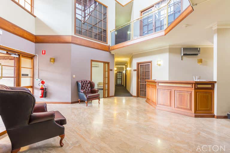 Suite 1, 10 Johnston Street Peppermint Grove WA 6011 - Image 2