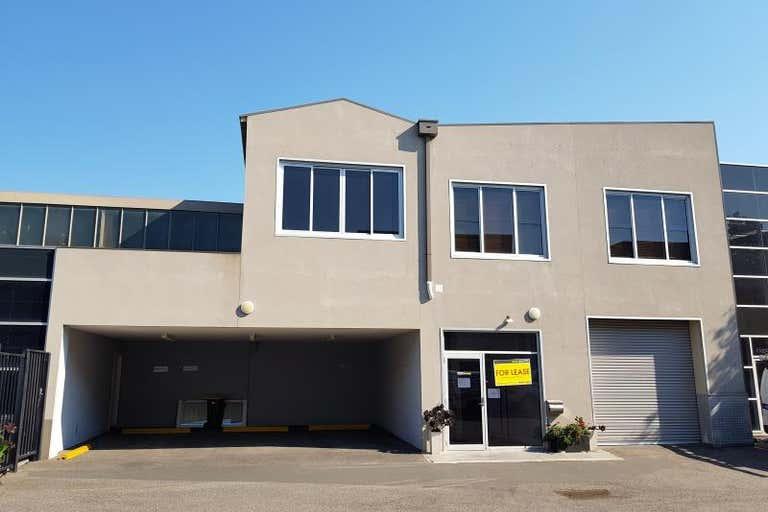 Unit 3, 343 Plummer Street Port Melbourne VIC 3207 - Image 1